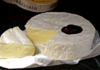 Il camembert de Normandie immolato all'industria